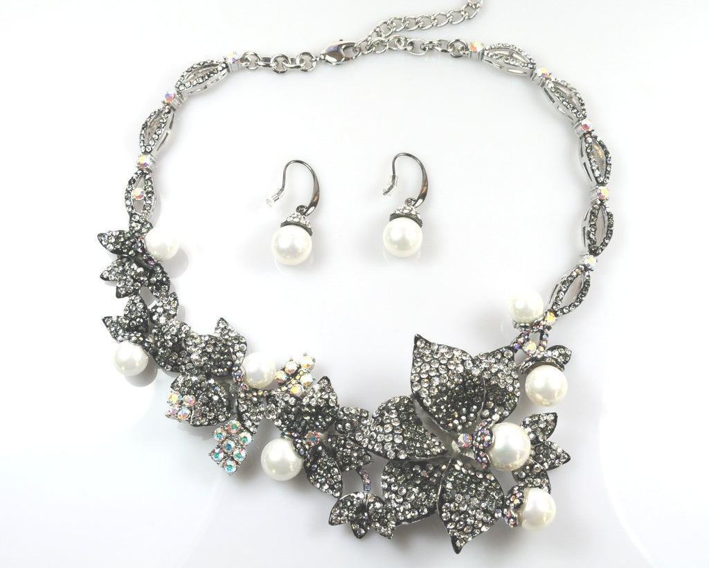 Silver Necklace & earrings
