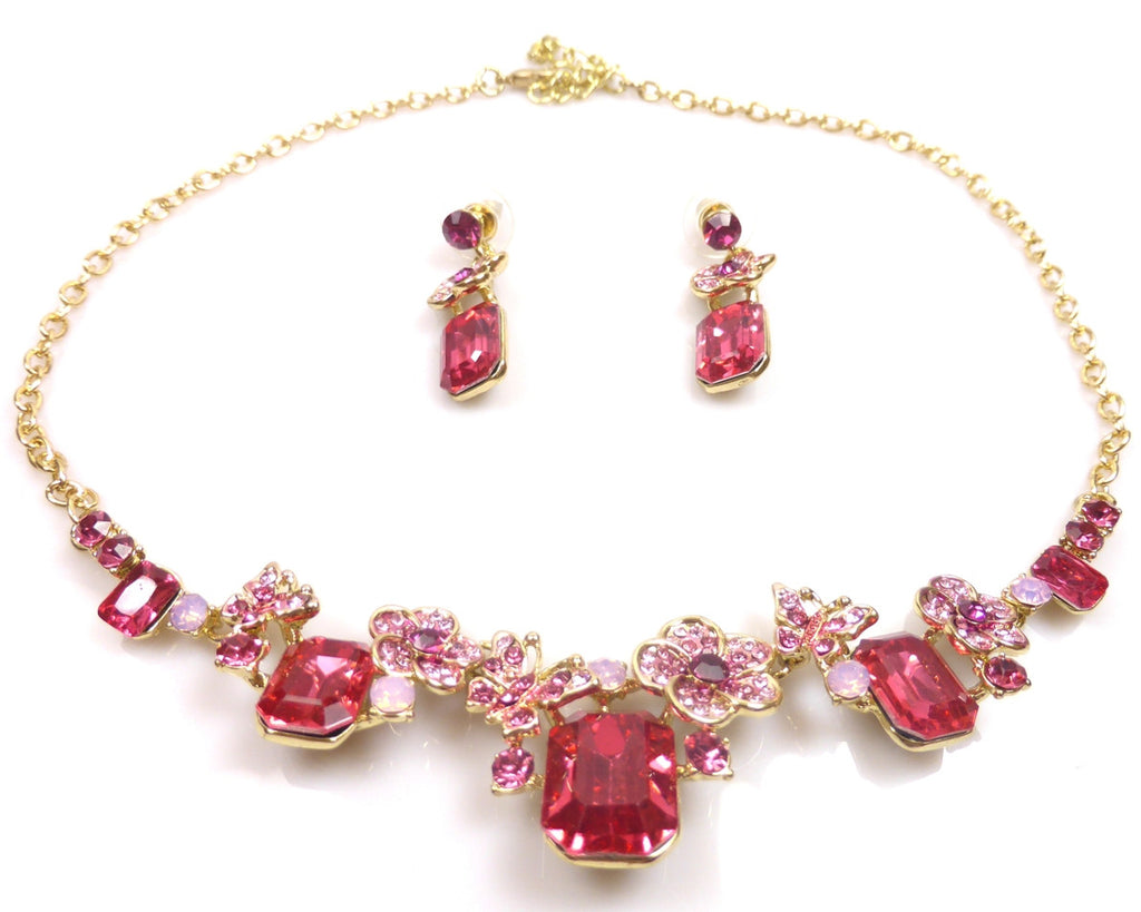 Pink crystal jewellery set