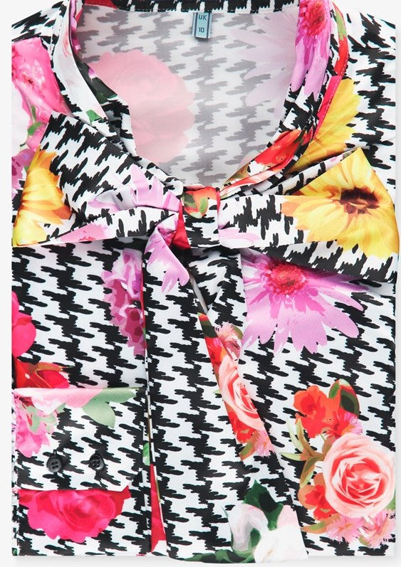 Floral Print Fitted Satin Blouse