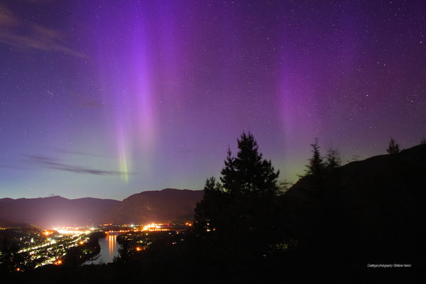A Magnificent Finish to Mothers Day with Aurora at Twilight