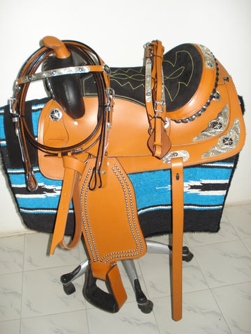 Show Saddle - Western Saddle with silver trimmings on skirt