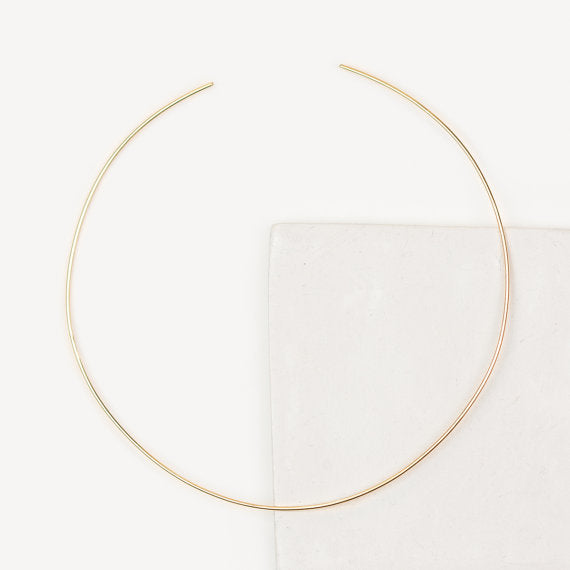 Thin Choker Necklace- Craving- The Cartorialist