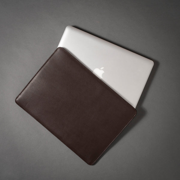 MacBook in Full Grain Aniline Leather Protective Sleeve.