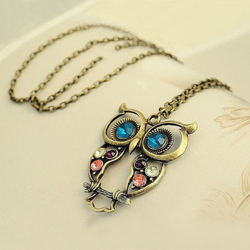 Antique Gold Plated Owl Pendant Necklace - Thick 'N' Curvy Shop - 1
