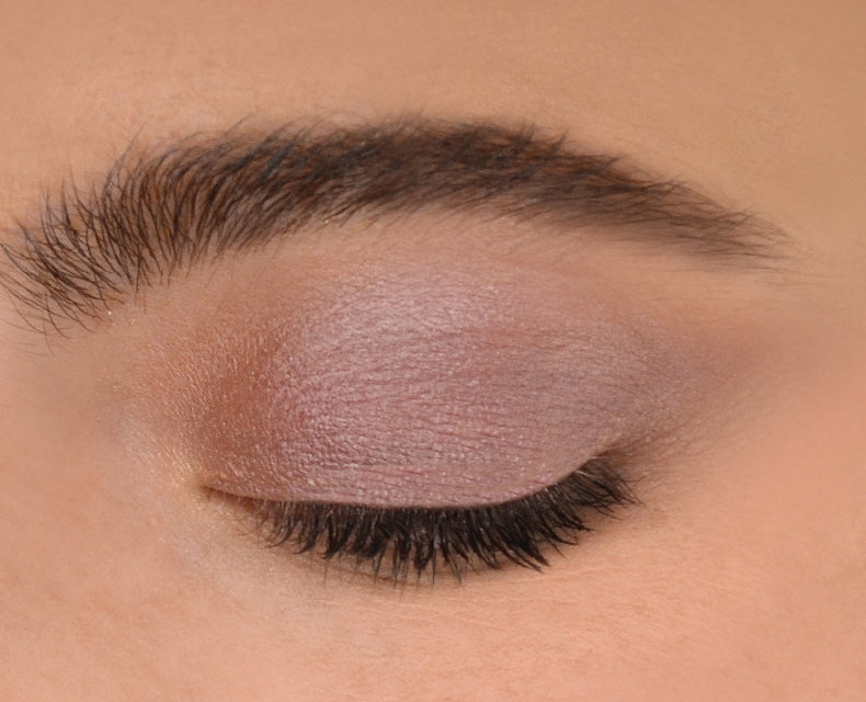 Nudestix Magnetic Luminous Eye Color in Spirit swatch