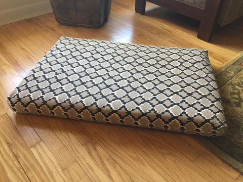 Daring Pet Bed Cover