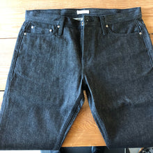 Load image into Gallery viewer, Unbranded Denim UB204 Tapered