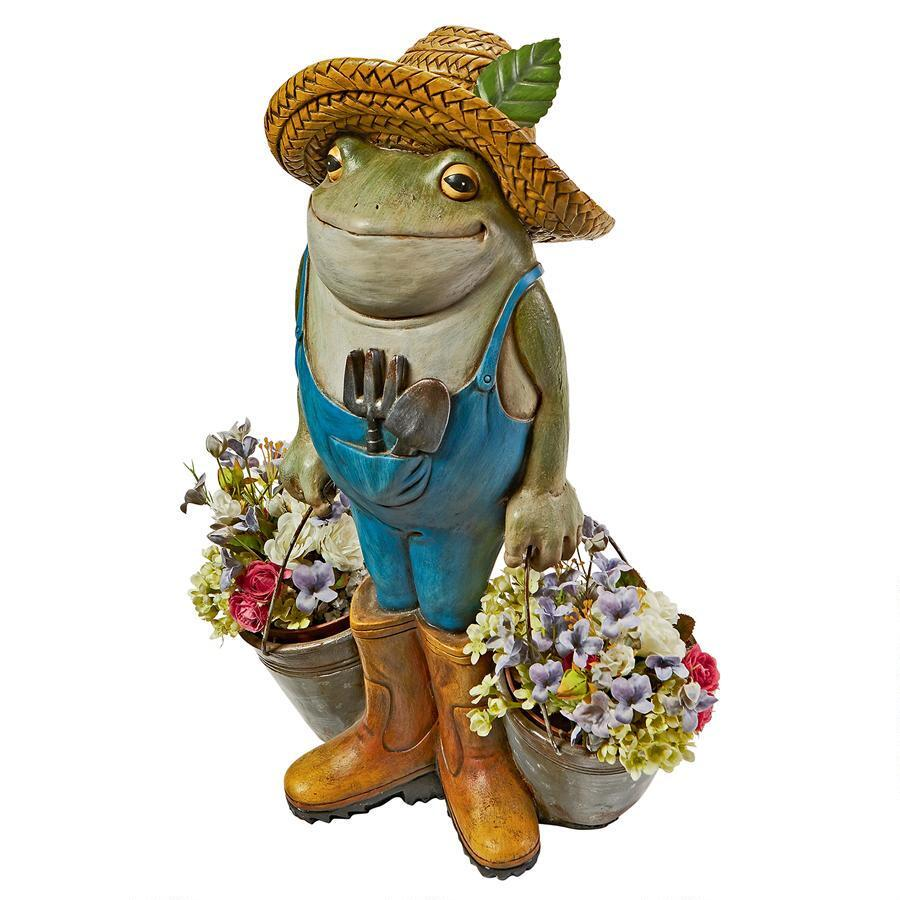Perfect Buckets The Garden Frog Statue ...