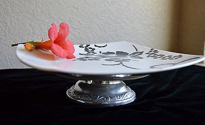 Fine China, Black and White Hawaiian Floral Cake Stand,Platter -  - 4