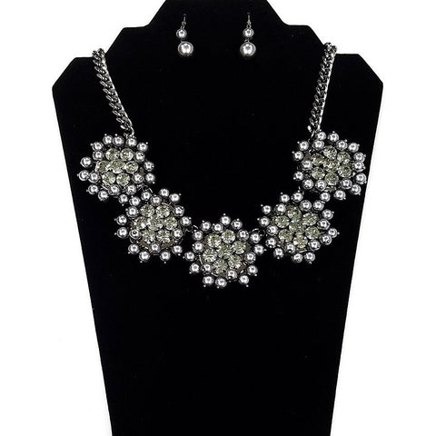 Necklace and Earring Set - Silver Gray plated body with imitation Gray Pearl and Rhinestone