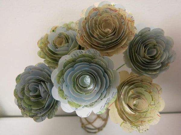6 World Atlas Map Roses on Stems, Travel Theme Centerpiece, 3 Inch Paper Flower Graduation Party Decorations, Bridal Shower Decor