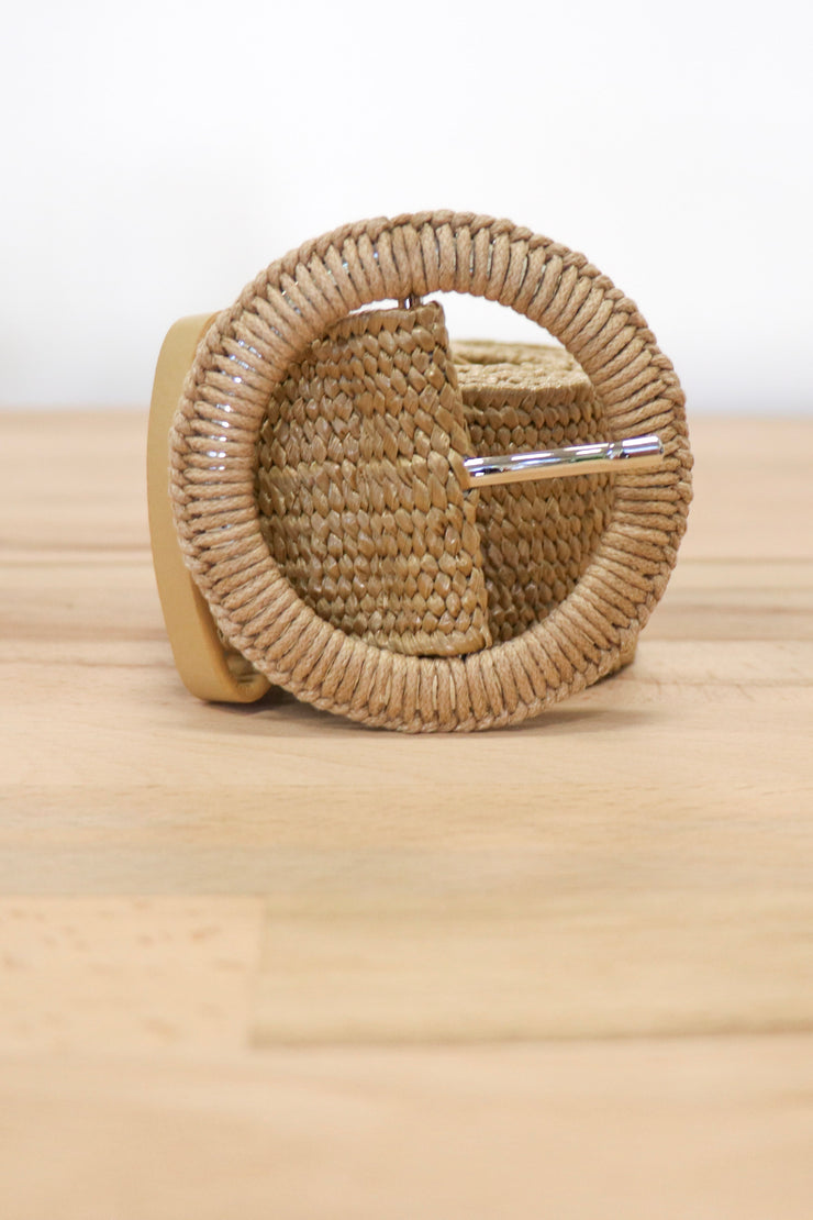 Loom with a Weaver Belt | Natural