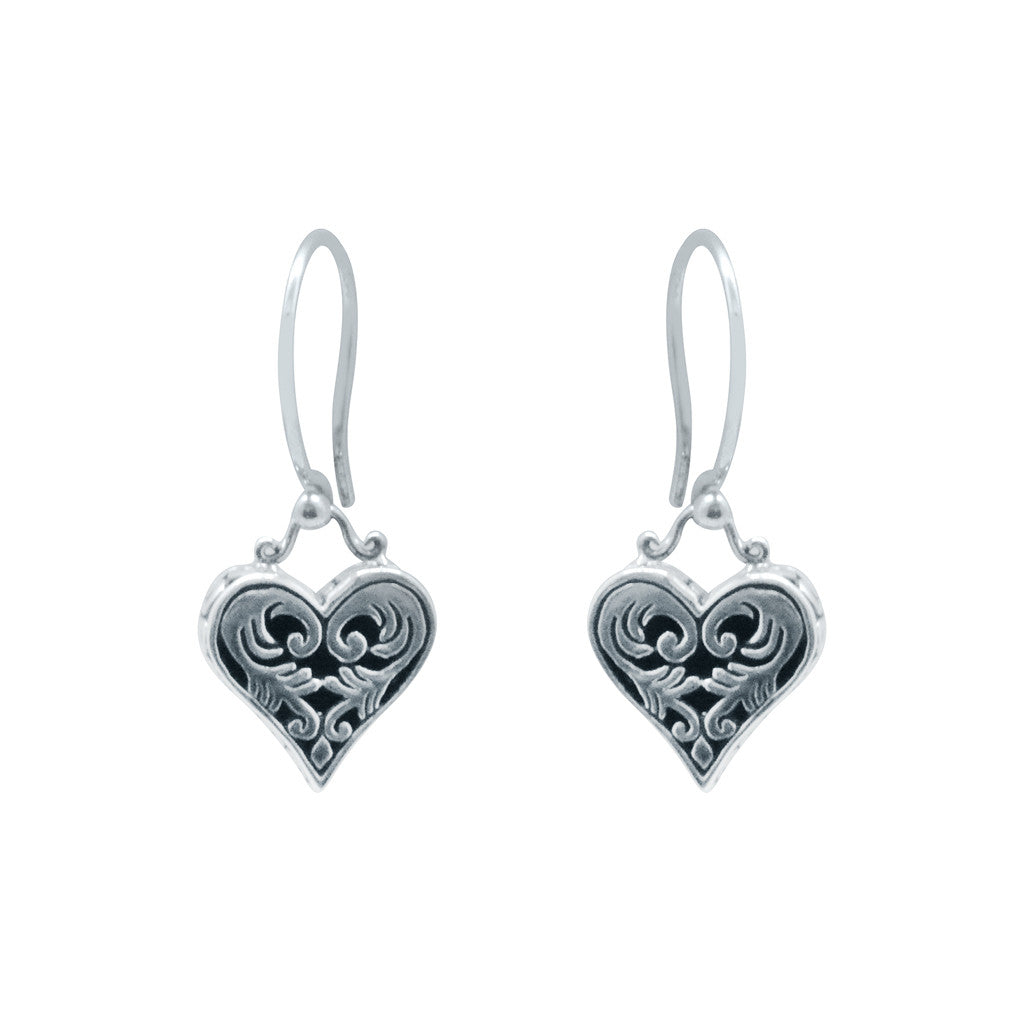 cute precious heart dangle earrings silver