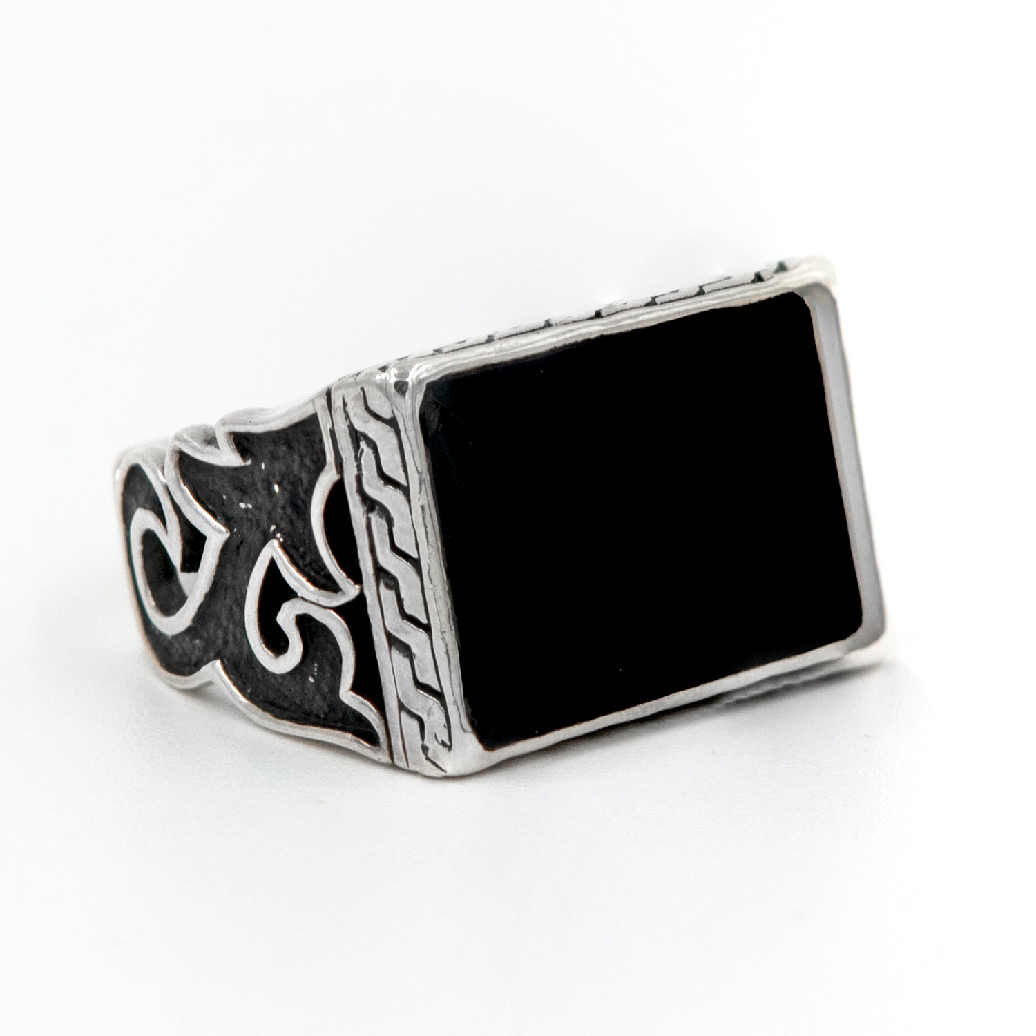Bali Sterling Silver Men's Onyx Signet Ring