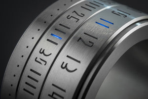 Ring Clock Native  - Silver with Blue LEDs