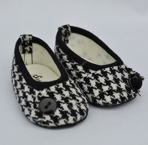 "18"" Doll Houndstooth Flats"