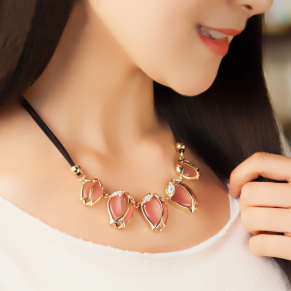 Pink Tulips Necklace