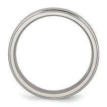 Load image into Gallery viewer, Titanium Ridge Edge 6 mm Brushed & Polished Ring
