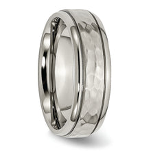 Load image into Gallery viewer, Titanium 7 mm Hammered & Polished Ring