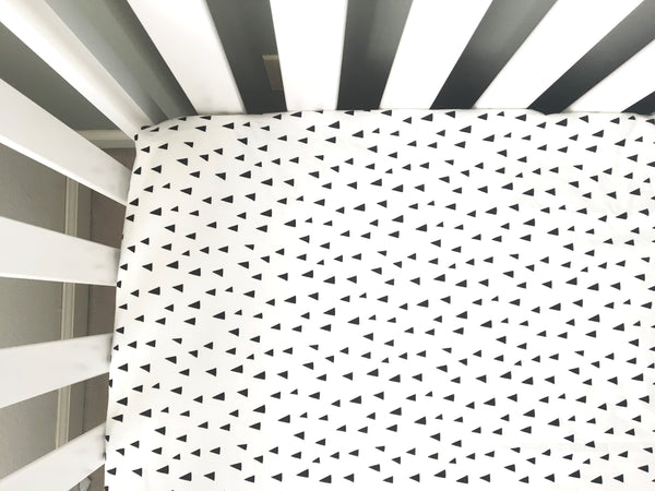 Baby Bedding⎜Baby Black and White Crib Sheets ⎜Handmade Fitted Crib Sheet - Stylish Little Ones Boutique
