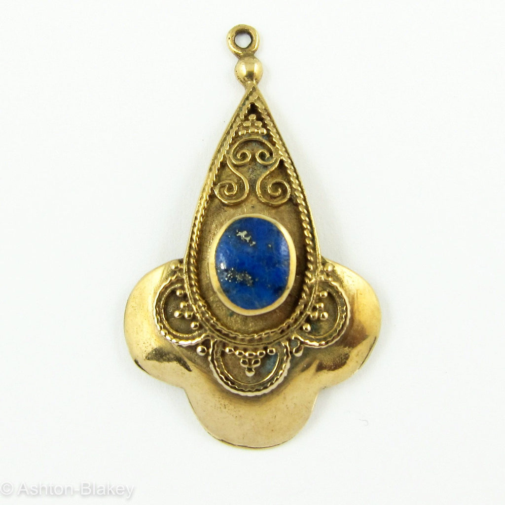 Pocket Watch fob in 10K gold with beautiful oval lapis Lazuli fully set as center stone