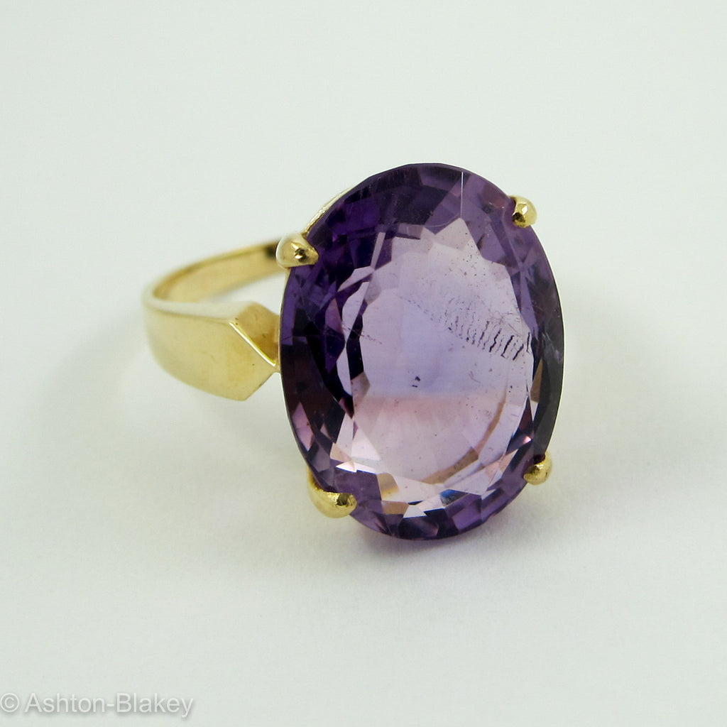14K AMETHYST RING Jewelry - Ashton-Blakey Vintage Watches