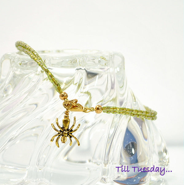 Light Green Gold Spider Anklet 10″ - Purple Moon Designs - 1