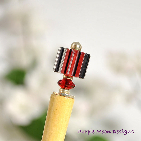 "Small Hair Stick 4 inch Red Black Hairstick - ""Peek A Boo"""