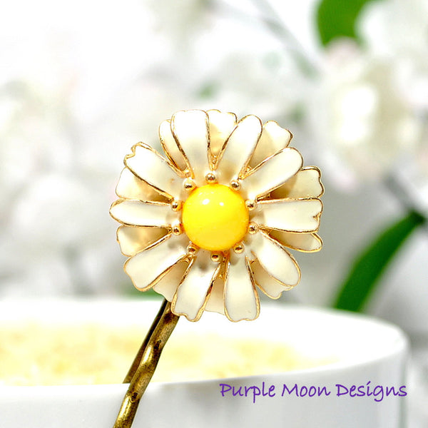 White Daisy Bobby Pin Flower Hair Pin - Handmade by Purple Moon Designs