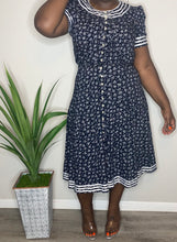 Load image into Gallery viewer, Vintage Plaza South Floral Dress (18T)