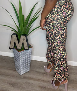 EYE CANDY FLORAL FLARE PANTS (2X)