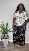 Load image into Gallery viewer, SPRING FORWARD FLORAL SILK SET (2X-3X)