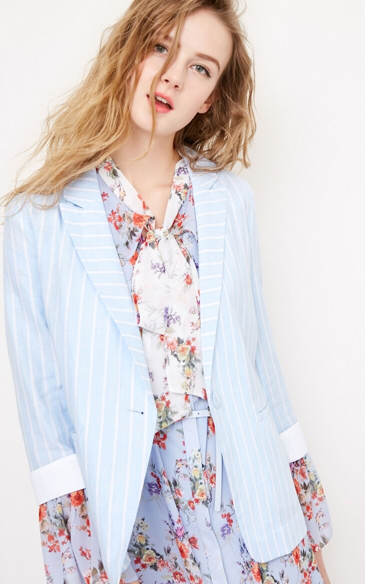 Voguish Fashion Casual Striped Lapel Cropped Sleeve Blazer