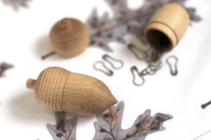 Wooden Acorn Stitch Marker Case & Brass Stitch Markers
