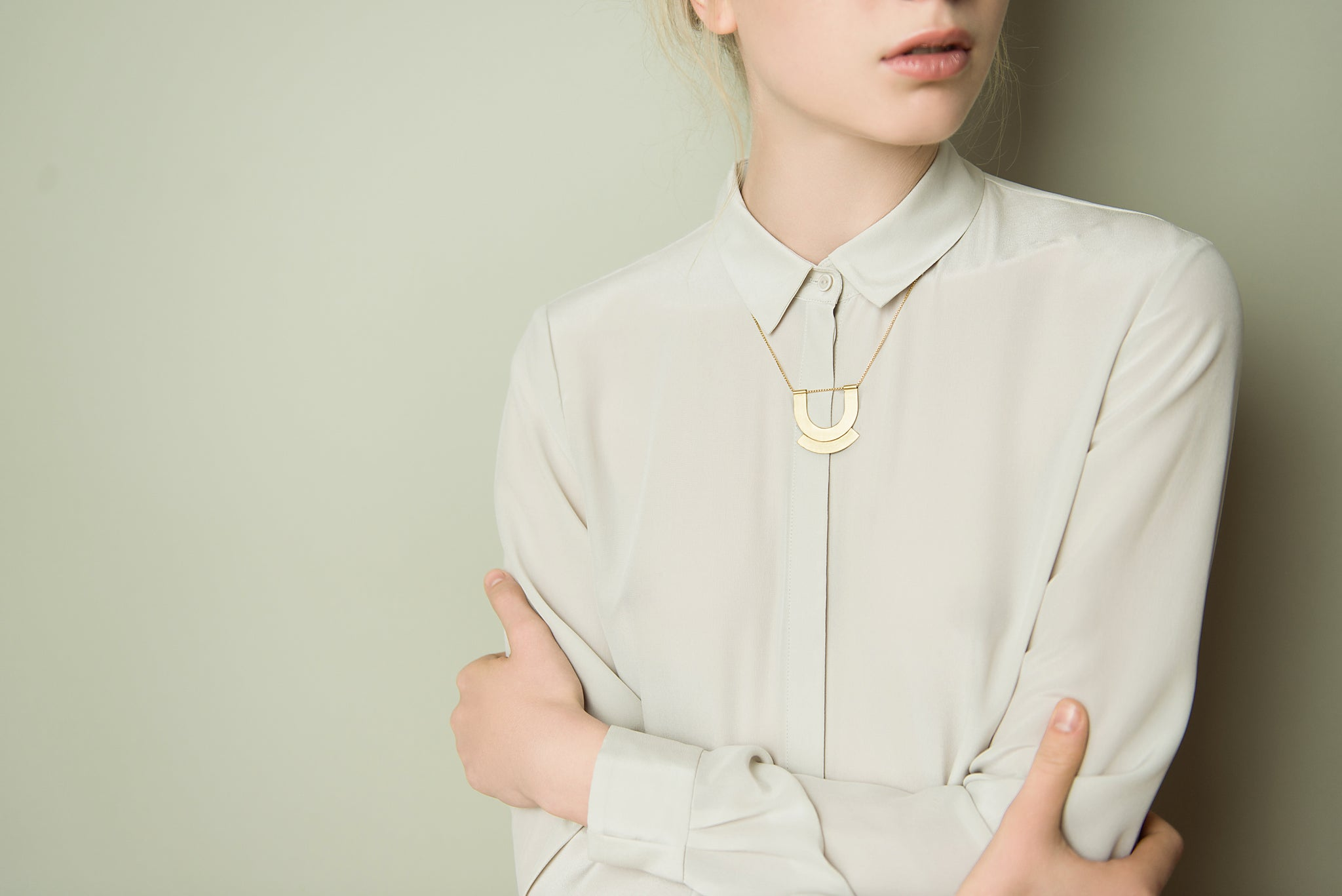 Baiushki Lookbook Jewelry Arch Necklace