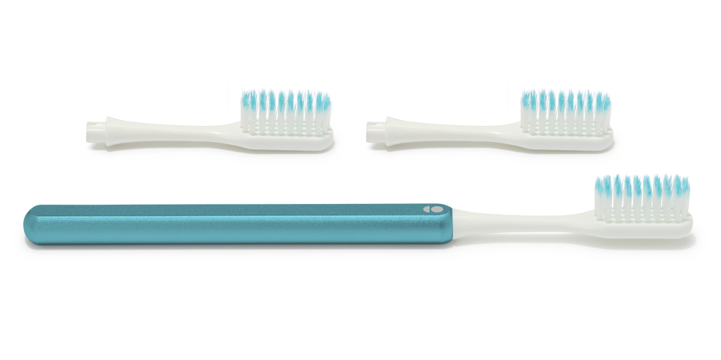 Arctic blue Grin Toothbrush – the eco friendly toothbrush with a metal handle and replacement brush heads