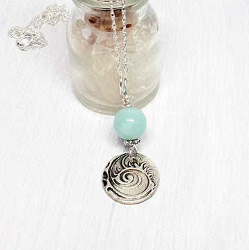 Soothing amazonite silver necklace.