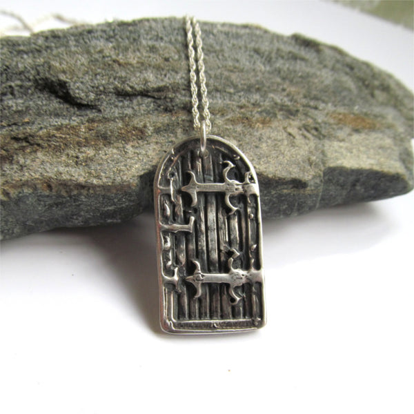 door necklace