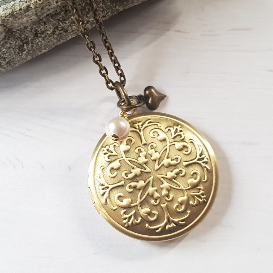 Gold Photo Locket Necklace