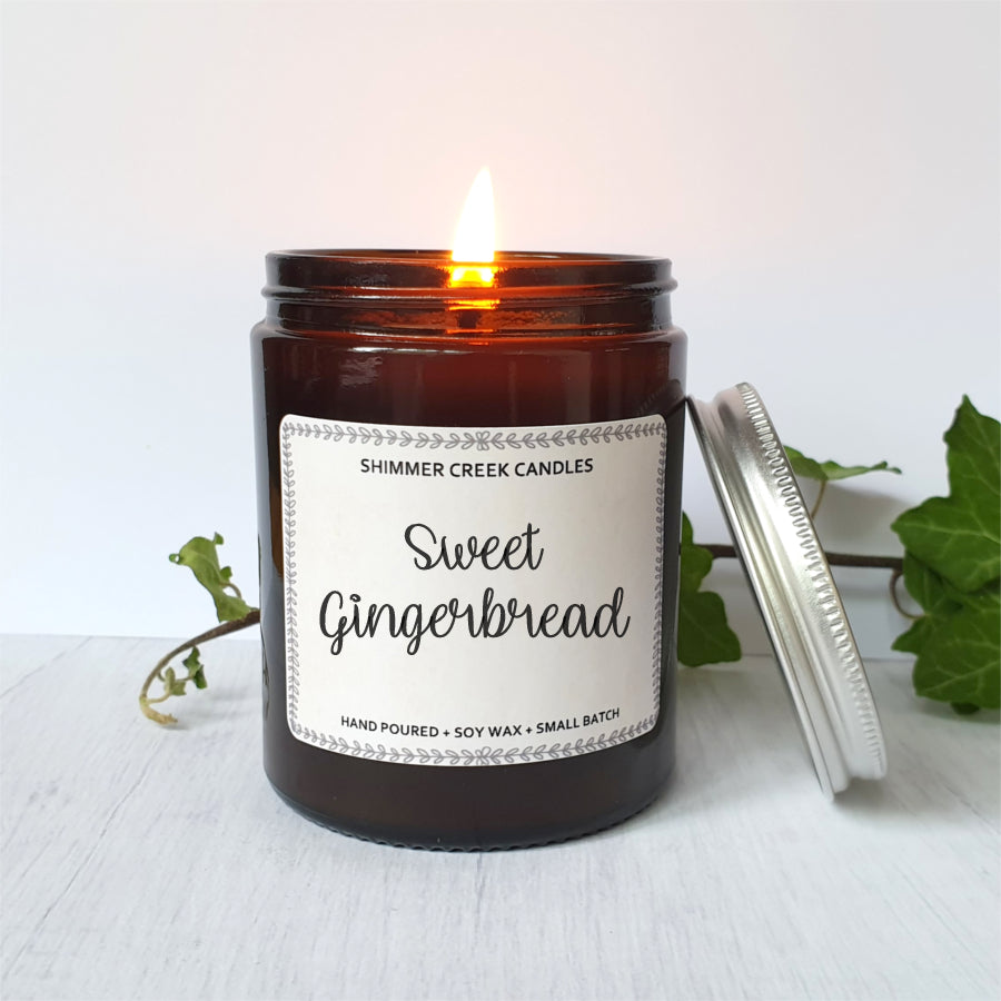 Sweet gingerbread soy wax candle.