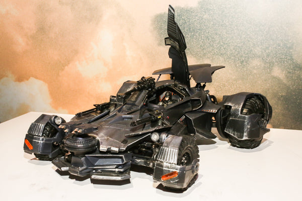 JUSTICE LEAGUE MOVIE ULTIMATE RC BATMOBILE (PRE-ORDER)