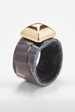 Crocodile-Embossed Ring (Black)