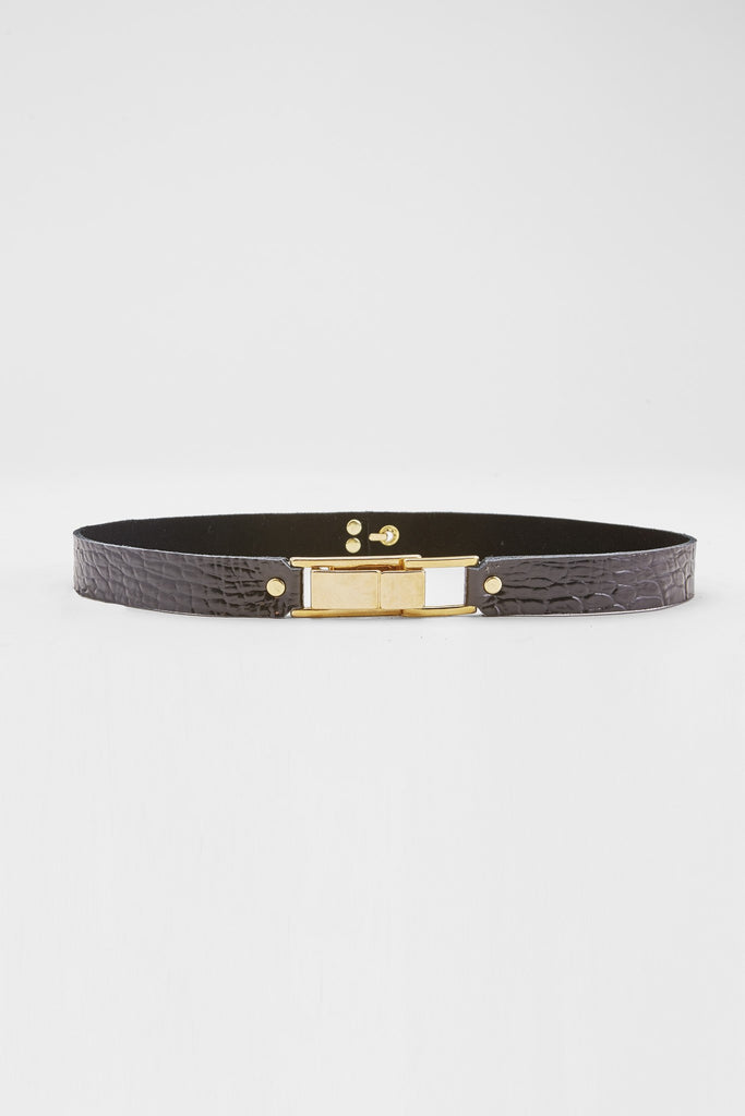 Crocodile-Embossed Skinny Belt (Black)