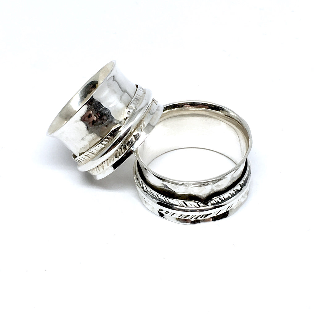 THE HEAVENLY STERLING SILVER MEDITATION / SPIN RING