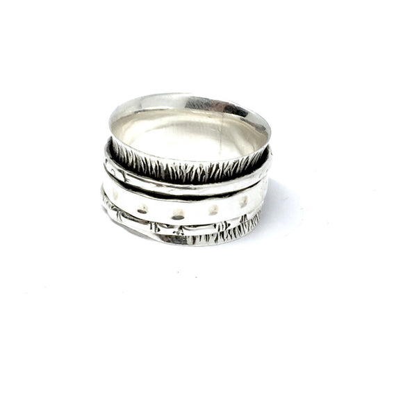 THE ODYSSEY STERLING SILVER MEDITATION / SPIN RING