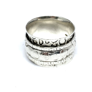 THE LEGACY STERLING SILVER MEDITATION / SPIN RING