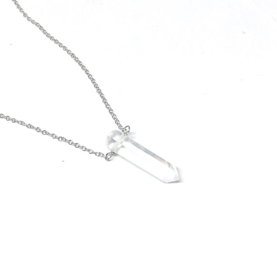 THE CRYSTAL PENDANT NECKLACE