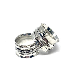 THE CARLEY STERLING SILVER SPIN RING