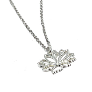 STERLING SILVER MINI LOTUS FLOWER NECKLACE