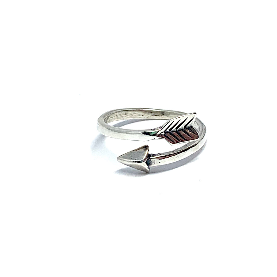 THE STERLING SILVER ARROW RING (SZ 8-9)